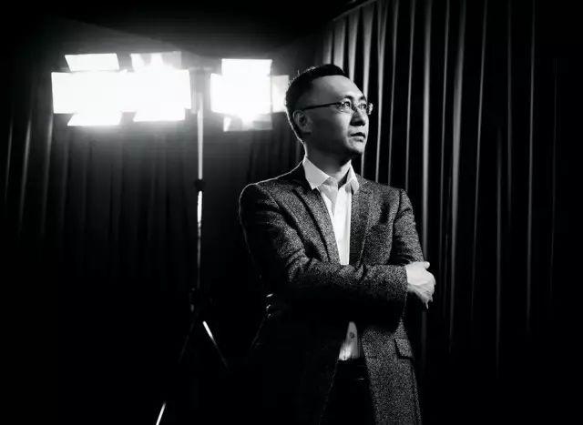 """<b>《哪吒》冲40亿背后:54岁老板奔走21年为中国电影""""改命""""</b>"""