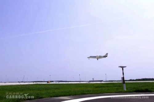 大兴国际机场开展国内首次双机飞行校验