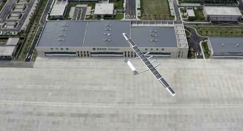 外媒:中国造中大型太阳能无人飞机首飞成功 性能强悍将开放5G合作