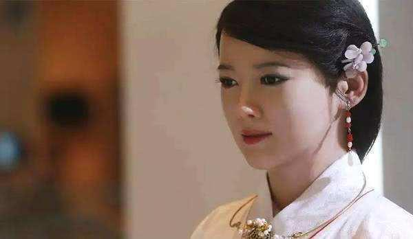 日本公开女性机器人,能提供有关女性的一切服务