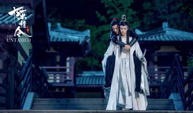 八月起娱乐性古装剧偶像小熊猫遭盗猎剧停播,李易峰成最大赢家?