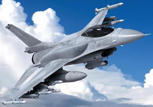 <b>80亿美元66架战机军售被搁置,岛内一片哀嚎:又被美国当筹码</b>
