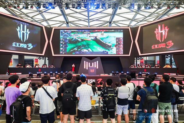 红魔3获得两项ChinaJoy人气奖项,不求人同款顶配套装只要3999!