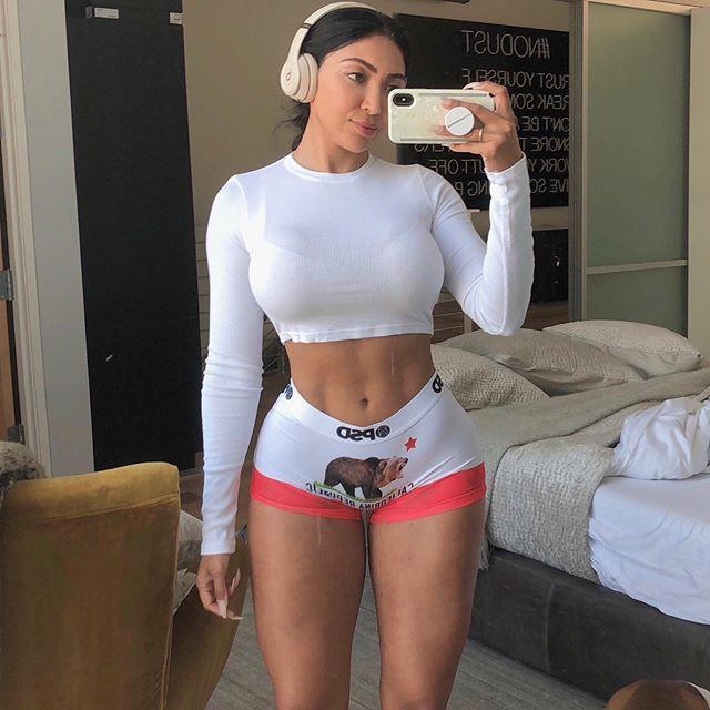 <b>从不跳过练腿日,印度姑娘坚持健身8年,网友:最起码涨了40斤</b>