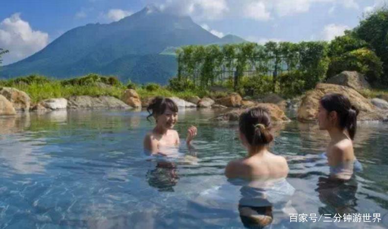 裸泡和混浴流传至今,日本温泉令人害羞,网友:难以理解