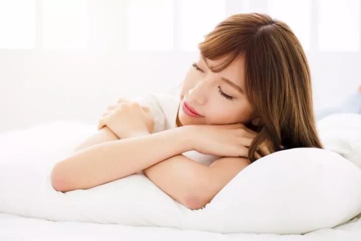 孕期睡不好,可能是你睡姿不对~