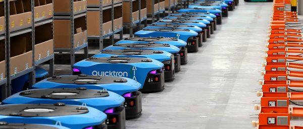 """中印物流机器人在日本货仓""""拣货"""""""