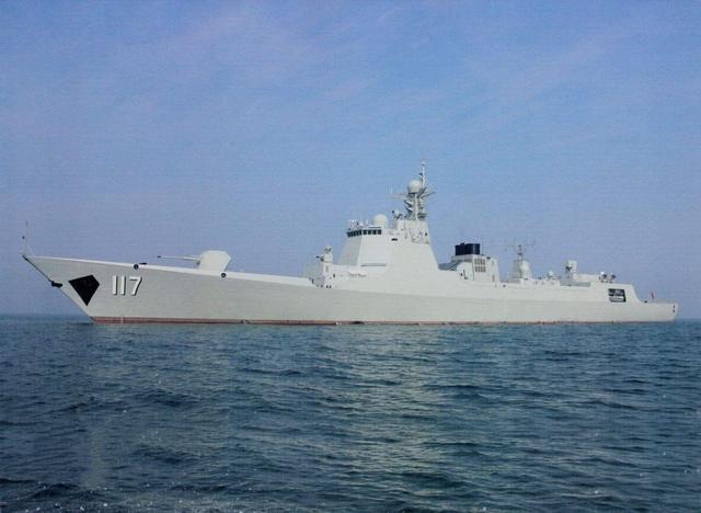 052D舰在宫古海峡动作异常,日舰机敏锐捕获信号:白宫担心被证实