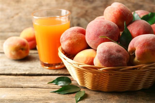 心理测试:哪一杯水蜜桃汁最鲜甜?测试你是怎样脾气的人!