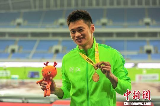 10秒03!谢震业赢得世锦赛选拔赛百米飞人冠军