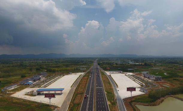 合肥交通建设新进展:合芜高速八车道再次放行10公里