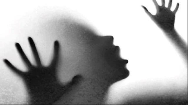 印度19岁女大学生在回家路上被四名男子侵犯,当天还是受害者生日