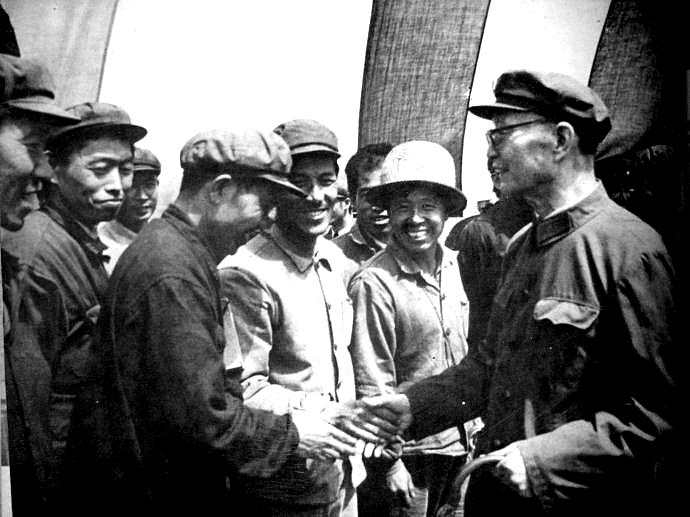 此战毛主席任命他为总指挥,他不负众望,一锤定音,蒋惊呼太可怕