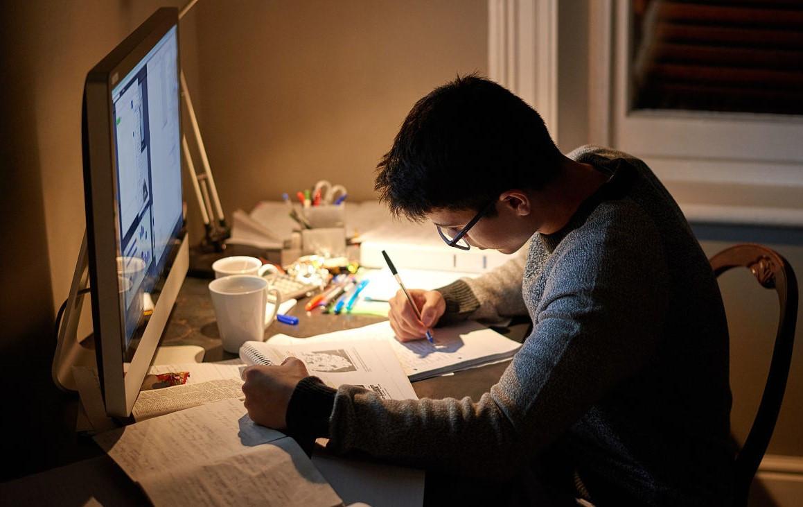 考699分的北大学霸,给中国学生的学习忠告!知道越早成绩越好!