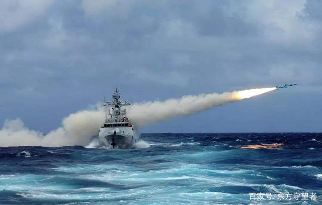 """震撼来袭!央视公开中国军演画面,数发导弹腾空直接击穿""""敌舰"""""""