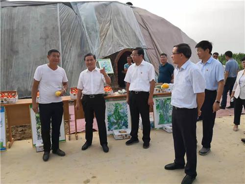 河南省副省长武国定到社旗县调研脱贫攻坚工作