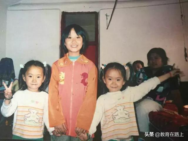 双胞胎姐妹花一起考入天津大学,中考分数一模一样,小数点都一样