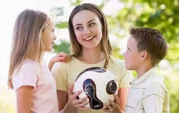 父母跟孩子说话的语气,决定了他们的情商,影响一生