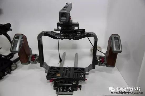教你手持云台的基本操作 泰诺恒通摄影器材欢迎您