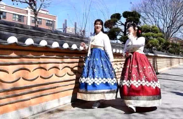韩国景区一中文标语,再次惹怒中国游客,网友:韩国游又要凉凉了