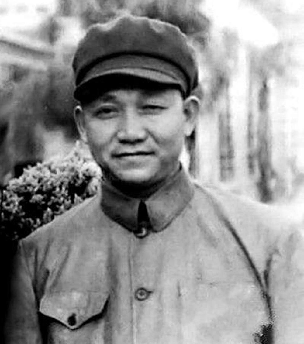 1948年,一位烈士的遗首被找到,四野数十位将军前来祭奠!