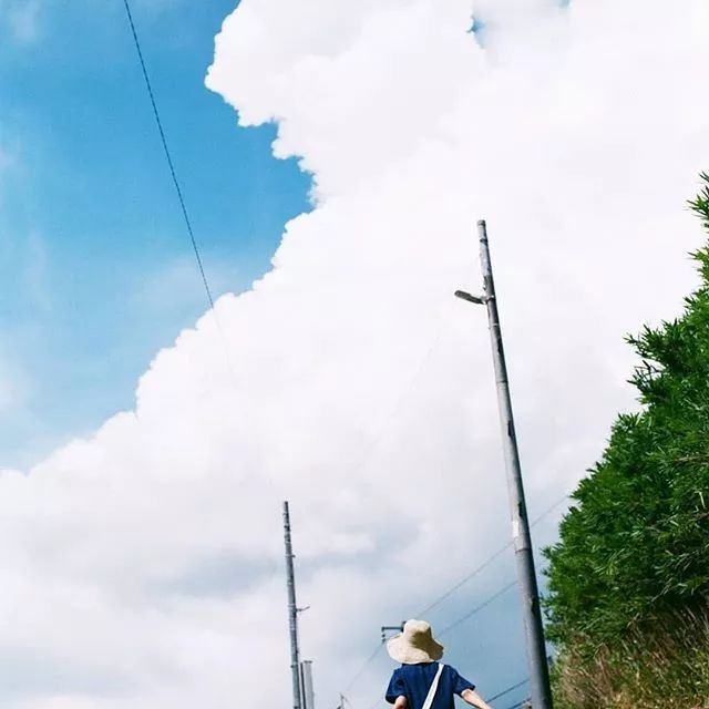 日本摄影师拍下的这18张照片,满足了很多人对夏日日本的幻想!