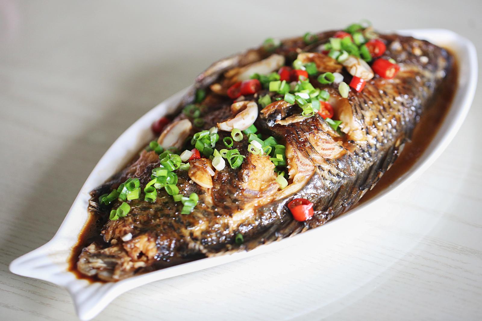 夏天,吃甲鱼吃鲫鱼,不如吃它,5块钱一斤,蛋白质却是牛奶的7倍