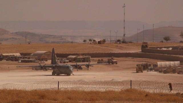 美国为何不愿放弃叙利亚?俄高官道出真正目的,趁乱大肆敛财