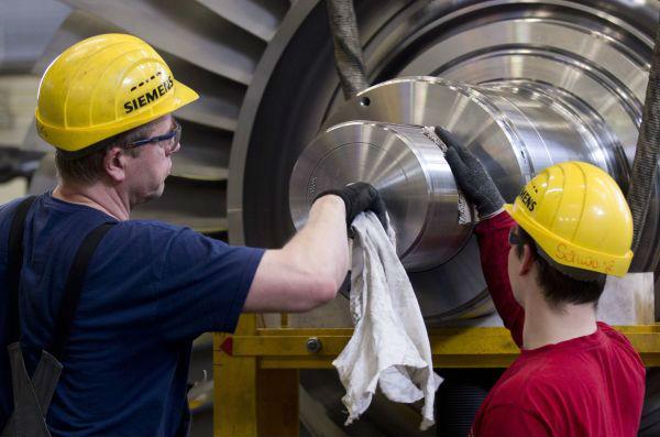 美媒:亚欧制造业陷低迷,全球经济前景堪忧