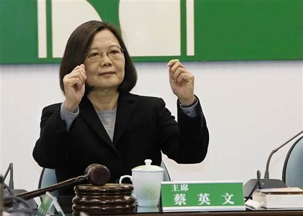 現在的民進黨還剩啥?網友:走私大隊、東廠……_臺灣