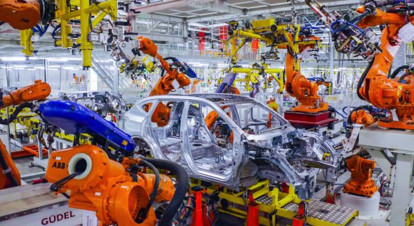 出海记|在俄建厂后,这家中国车企再投巨资——