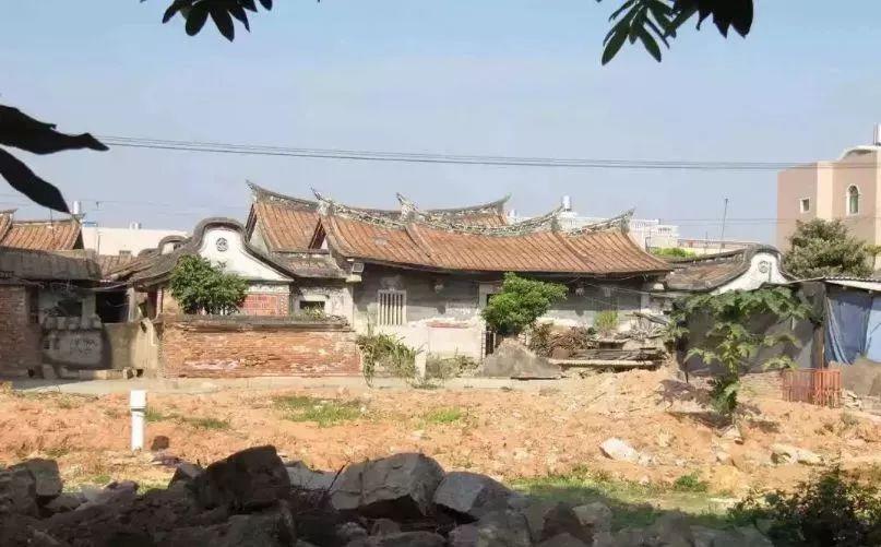 厦门海沧唯一的客家村落,十多幢明代古民居建筑…壮观!