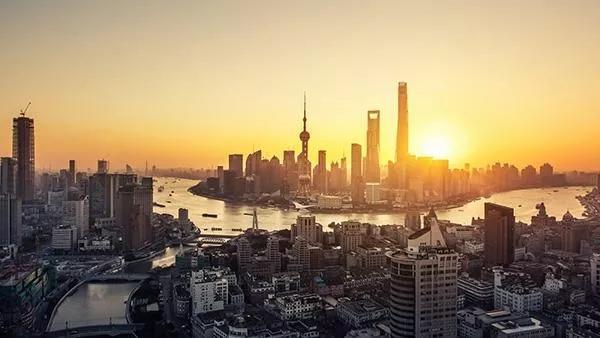 """周其仁:迪拜、新加坡、纽约,或能成为上海的""""老师"""""""