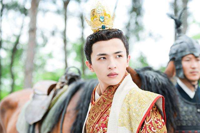 他歌技征服韩红却做了演员,今在《无主之城》
