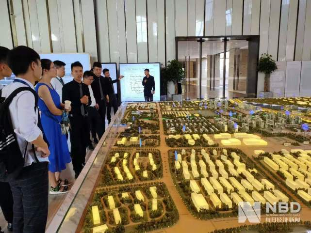"""新房打折、二手房连降12个月,郑州楼市年中""""小劫"""""""
