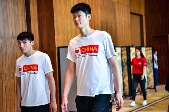 中国男篮裁员:三人离队无可厚非
