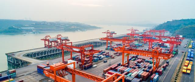 2806亿元!青岛外贸逆势上扬 进出口增幅高于全国