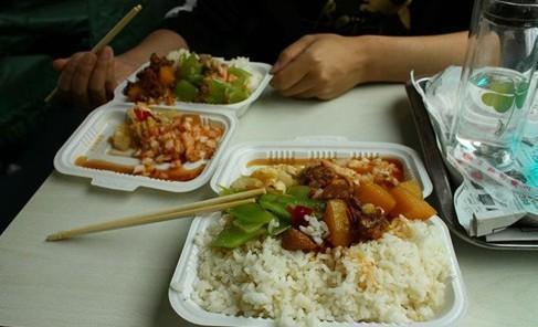 """红苋菜号称""""长寿菜"""",可炒之前用不用焯水?做错了浪费营养"""