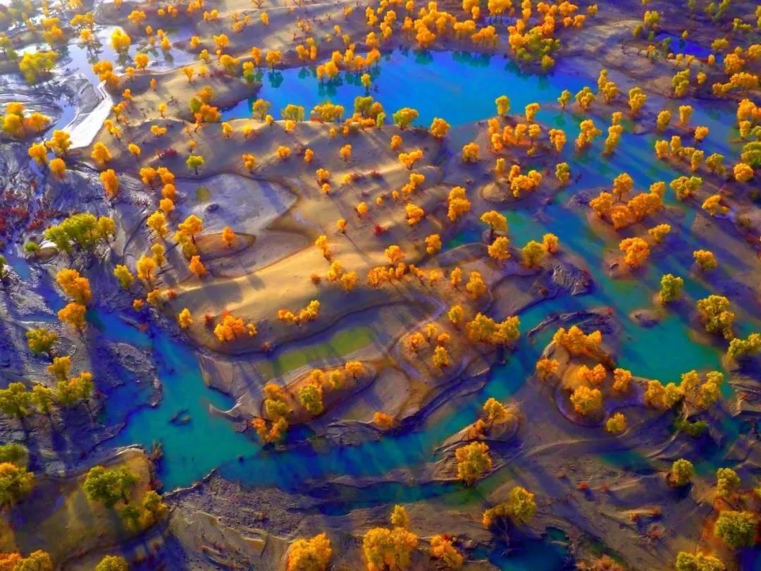 """中国面积最大的村,大漠深处的""""桃花源"""",开车出村需要5个小时"""
