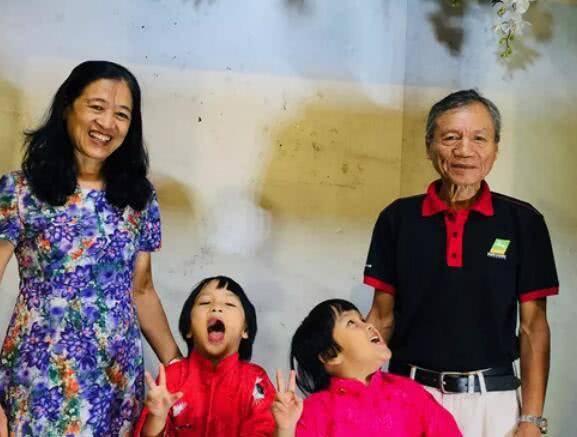 57岁男子娶46岁妻子备孕7年生下双胞胎,现70岁俩女儿6岁