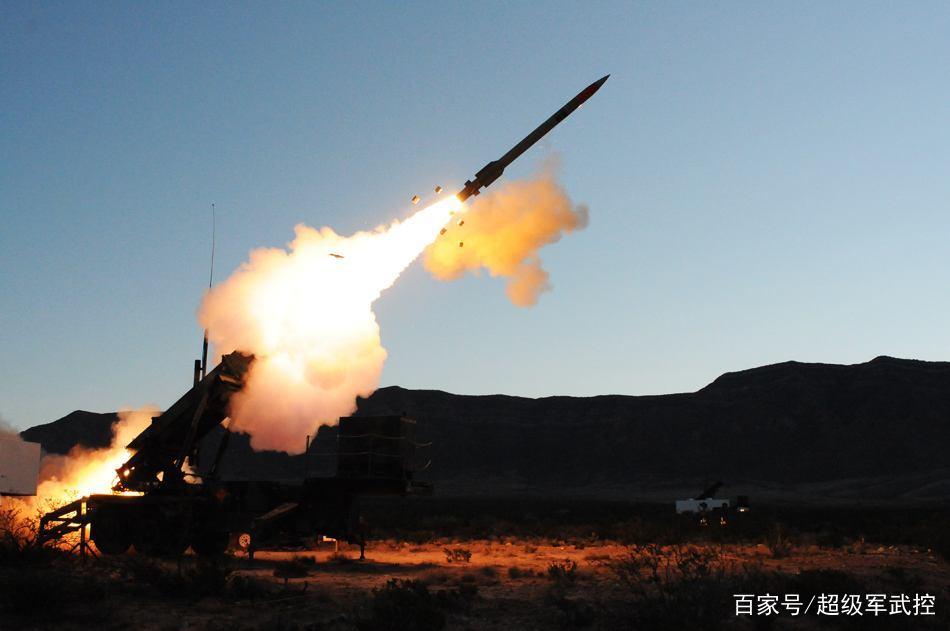 这个邻国突然对中国发难,要中国将红旗9撤走,国防部:中国领土