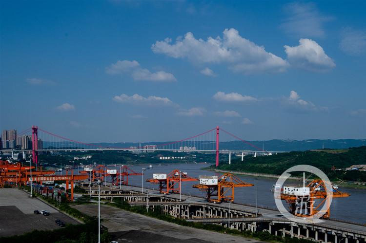两江新区保税港区晒上半年成绩单:进出口总额551.13亿元