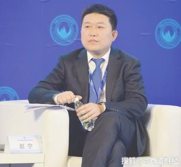 38岁董事长接班3年辞职,父亲曾登云南首富,今公司40亿债务待解