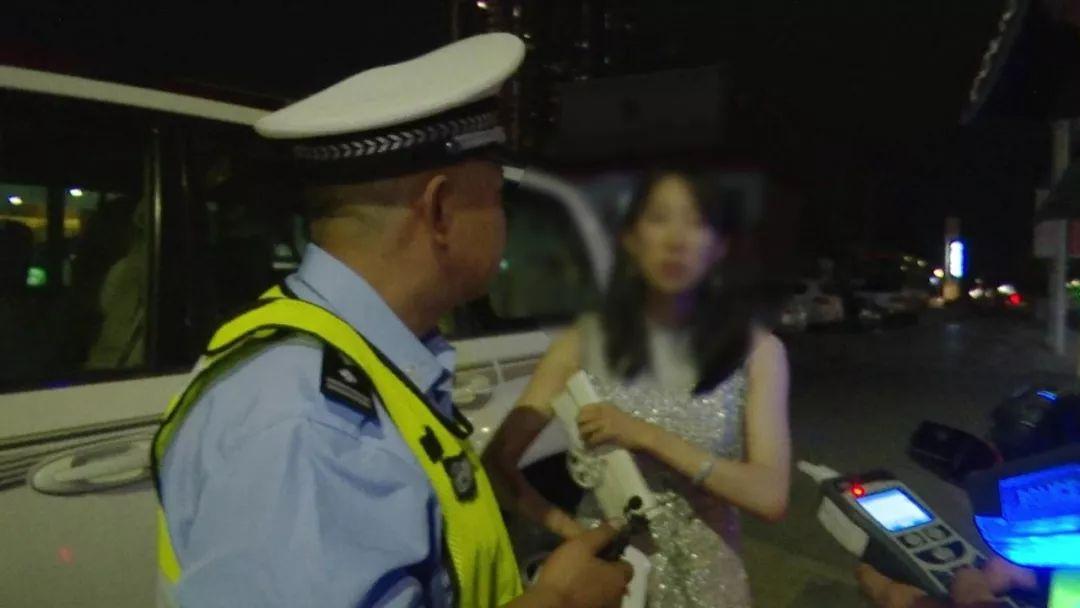 【悲催】银川一女子喝酒4小时后开车,交警一查还是酒驾!