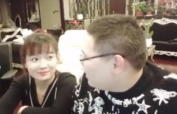 沈灵敏 沈灵敏首次晒自拍照,被粉丝发现后:PDD都认不出来这是他老婆