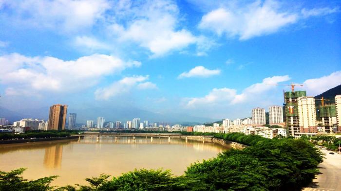 <b>我国有望成为下一个武汉的3个城市,一个是泉州,一个经济过万亿</b>