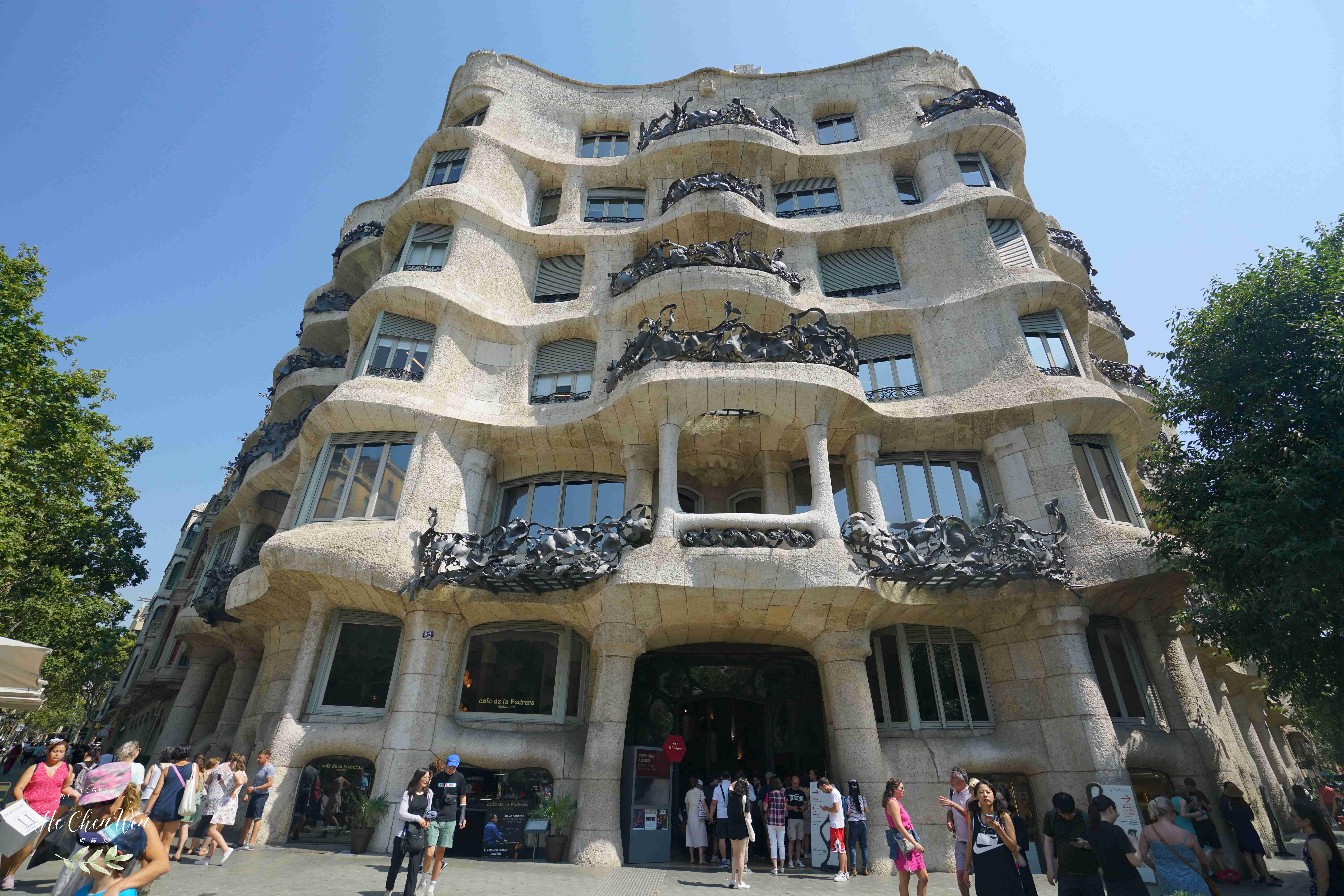 高迪最后设计的私人住宅,被称为采石场,如今却是世界文化遗产