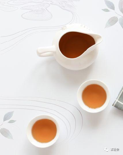 都是普洱茶为什么价格差这么多?