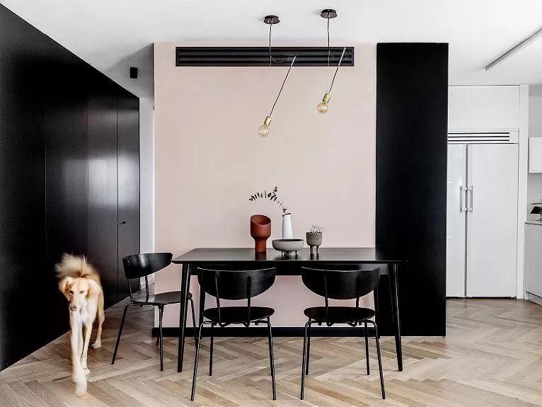 高级黑+粉,95㎡时尚家庭私宅