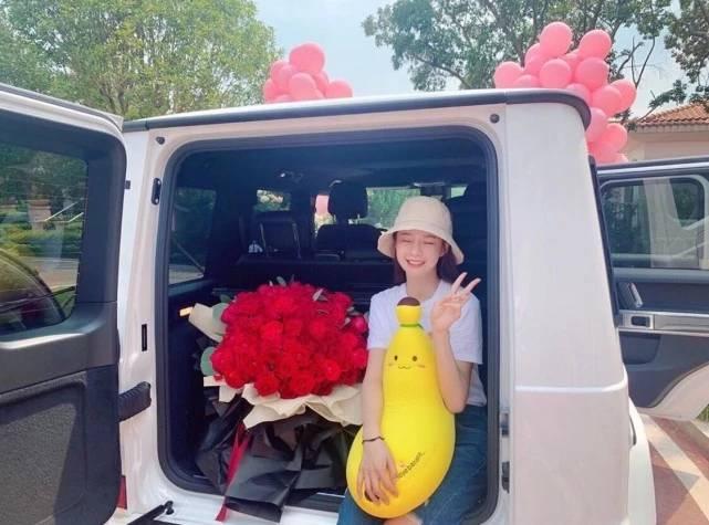 杜海涛七夕送豪车 杜海涛送的七夕礼物白色越野车是什么车子?